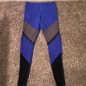 ALO YOGA PURPLE GRAY BLACK MESH PANEL LEGGINGS XS